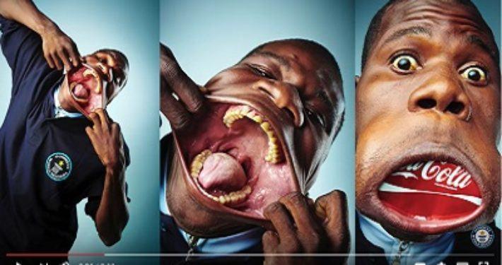 Guinness Book of Records plaats voor verst openen van mond