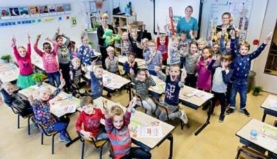 25.000ste poetsles Hou je mond gezond! op basisschool de Regenboog in Woerden