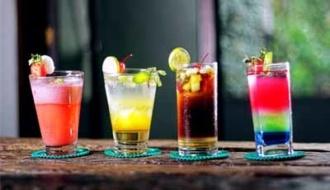 Alcohol verslechtert bacteriehuishouding in de mond