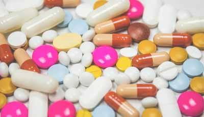 Risico op overdosis zelfmedicatie voor patiënten door lage toegankelijkheid zorg