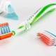 Uit elkaar staande borstelharen betere indicatie voor vervangen tandenborstel dan leeftijd van borstel
