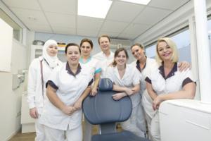 Dental Clinics Vacature: Tandarts Dental Clinics Bilthoven