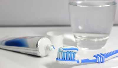 Amerikaans onderzoek: Kinderen gebruiken te veel tandpasta