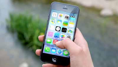 Poetsen met app helpt beter poetsen en verminderd tandplak