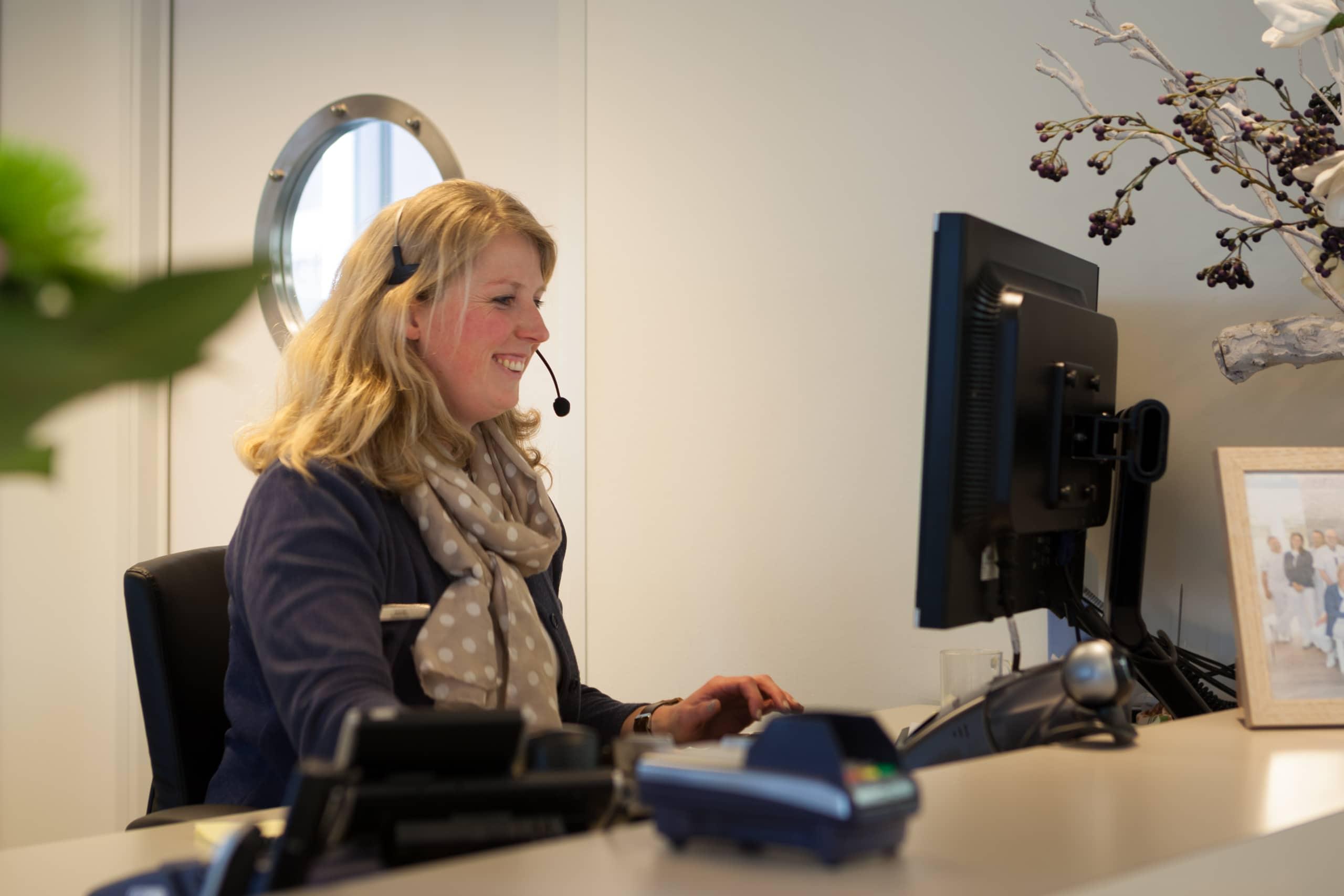 TX de Jong tandartspraktijk, Vacature: Receptiemedewerker, Amersfoort